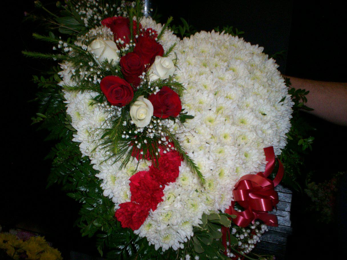 Blooming garden florist als apholstery flowers for funeral floral arrangement 13000 fa112 floral arrangement 13000 fa112 izmirmasajfo